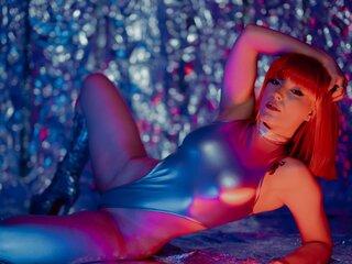 JessieBond webcam shows nude